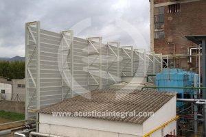 Barrière acoustique en tours de refroidissement usine chimique
