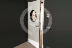 Puertas acústicas para estudio de grabación.