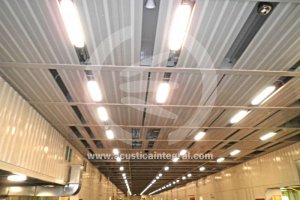 Tratamiento absorbente acústico en aparcamiento de bodega de barco